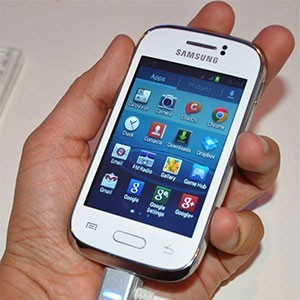 Смартфон Samsung Galaxy Young S6310