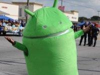 Google Play научится искать вирусы на смартфонах