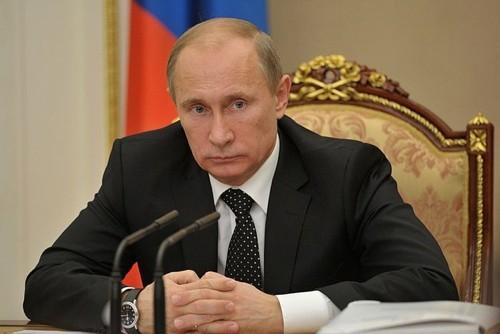 Путин распорядился выдать сотни миллионов на интернет для «креативного класса»