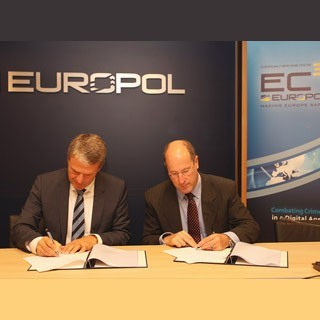 Подписание соглашения между EBF и EC3