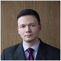 Илья Илларионов