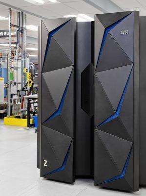 IBM представила мэйнфрейм, непрерывно шифрующий данные, как средство противодействия преступникам