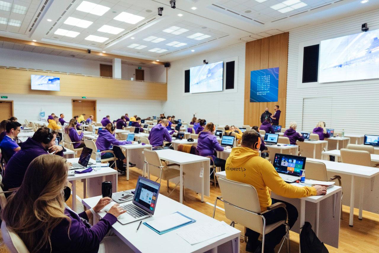 Итогом полуфинала «Цифрового прорыва» в ЦФО стали 100 IT-решений в сфере больших данных, ИИ и образования