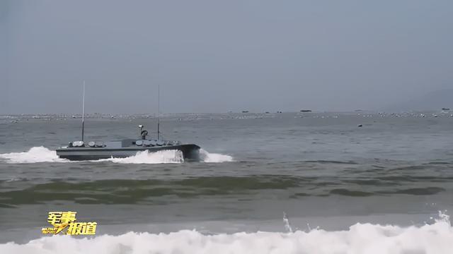 Китай продемонстрировал новейшие военные роботы