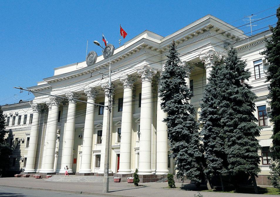 Исполнительная власть Волгоградской области переходит на операционную систему РЕД ОС