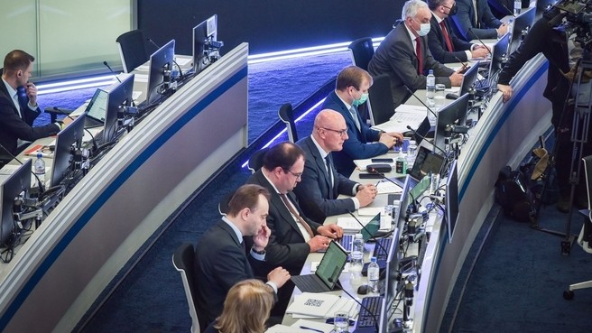 Дмитрий Чернышенко и представители IT-отрасли обсудили «второй пакет» мер поддержки
