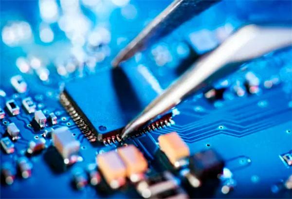 Глобальный дефицит компьютерных чипов растёт, цены повышаются – СМИ