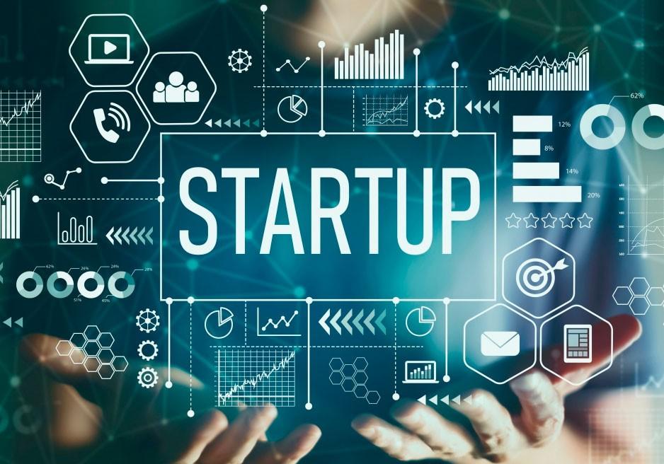 Минцифры объявило о приёме заявок на участие в программе ФРИИ по акселерации для IT-стартапов