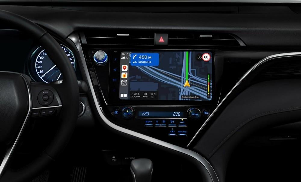 Карты и навигатор от «Яндекса» появились в Apple CarPlay и Android Auto