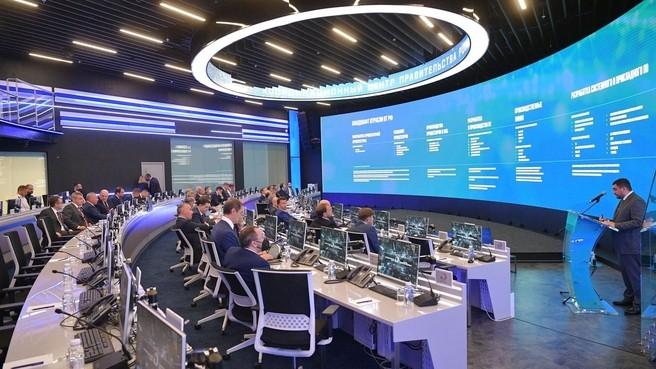 Мишустин пообещал в 2021 году не меньше 10 «сквозных кросс-отраслевых проектов» в области электронной промышленности